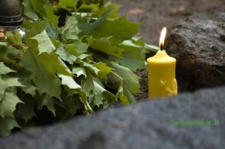 Žvakė baronkapinėse